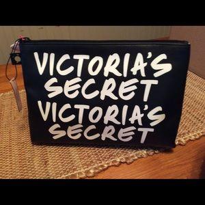 Handbags - Victoria's Secret Make-Up Bag